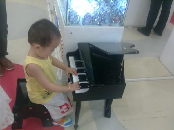 小红花钢琴乐谱