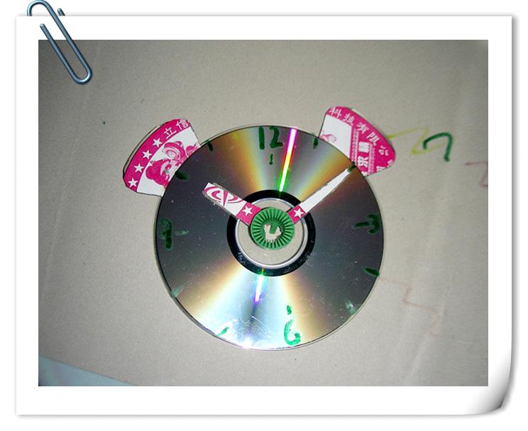 365个艺术创意 光盘钟表 qianqian