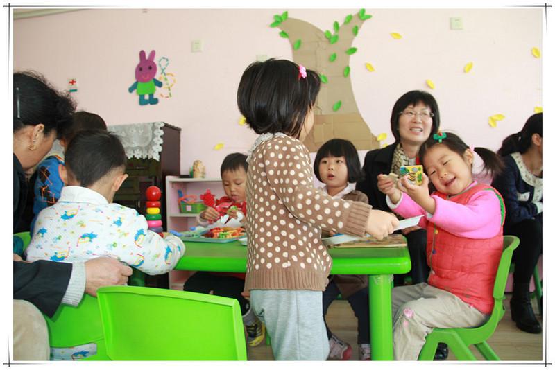 幼儿园毛巾_敬仪的幼儿园生活-------家长开放日之班级概况 - 宝宝地带