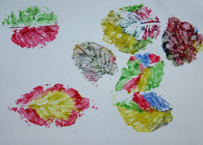 树叶怎样做手工可以制作叶子书签桂花树叶是最好的选择.