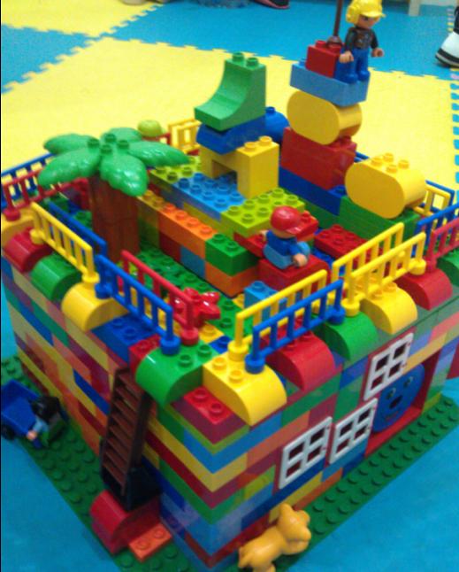 乐高积木:大房子