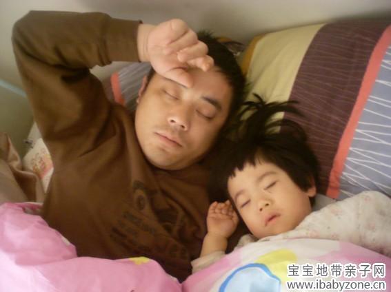【宝宝睡觉萌照】睡觉也能如此可爱+图图妈妈