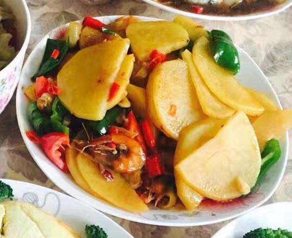 道菜都是非常的美味.   属于一道比较开胃的菜,最后来的就是土豆图片