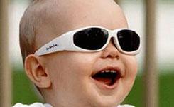 太阳镜不适合给孩子戴