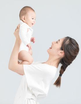 早产儿的喂养及护理