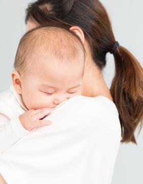 如何正确抱宝宝